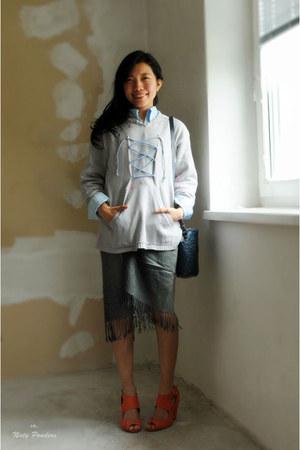 charcoal gray skirt - coral zalando shoes - sky blue stripes shirt