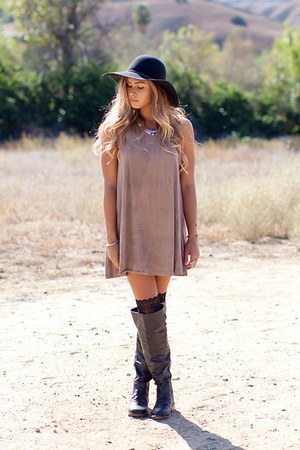 suede nectar clothing dress - black nectar clothing boots