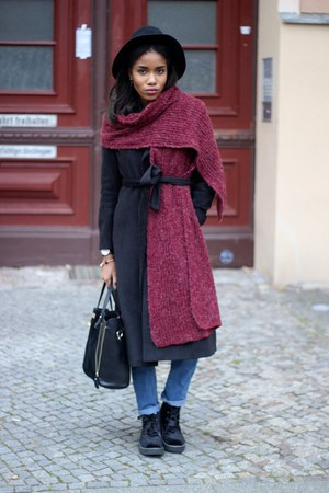 asos scarf - asos coat - asoscom hat - Daniel Wellington watch