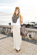 brown el corte ingles hat - brown Bershka scarf - eggshell Massimo Dutti skirt