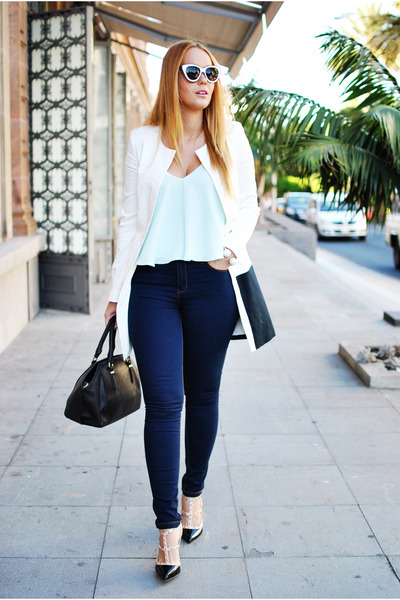 black very simple coat - navy Stradivarius jeans - white zeroUV sunglasses