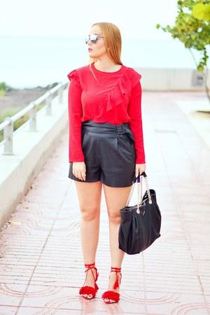 black Guess bag - black Zara shorts - silver opticalh dior sunglasses