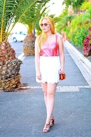 bubble gum dior sunglasses - white Zara shorts - brown Carolina Boix sandals