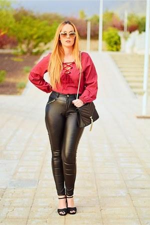 black Cortefiel bag - black quiz for blanco pants - black BLANCO heels