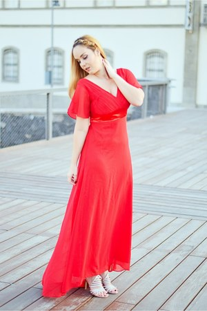 ruby red Ever Pretty dress