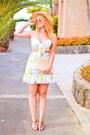 Yellow-lovelywholesale-skirt-yellow-lovelywholesale-top