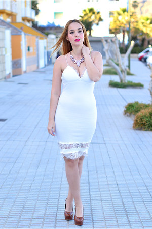 white AX Paris dress - white Happiness Boutique necklace