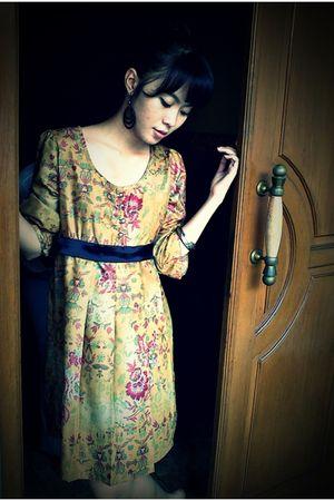 Forever21 earrings - Forever21 bracelet - Yuan dress