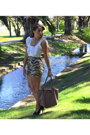 Longshamp bag - thrifted vintage shorts - thrifted vintage blouse - laboutin hee