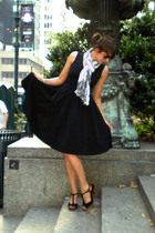 Target dress - H&M scarf - Colin Stuart shoes - vintage from Ebay necklace - H&M