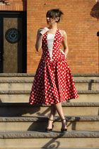 red Dusty Rose Vintage dress - white Dusty Rose Vintage gloves - black Jessica S