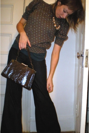 H&amp;M blouse - Uniqlo jeans - Thrift Store purse - Thrift Store necklace