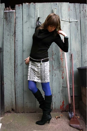 black H&amp;M sweater - white H&amp;M skirt - blue HUE tights - black gift accessories -