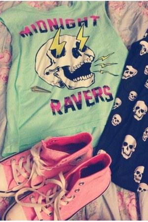 aquamarine midnight raver Urban Outfitters shirt