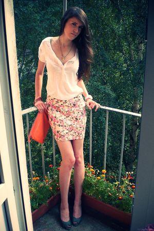 white Gap top - pink Zara skirt - orange Club Monaco bag - green thrifted shoes