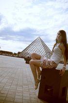 Zara skirt - white Gap top - beige random brand from Paris shoes - white Oasis a