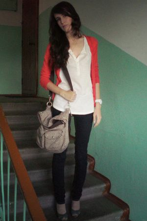 red Club Monaco cardigan - white Gap top - blue Stradivarius jeans - green Din S