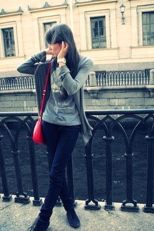 blue Stradivarius jeans - gray Oysho t-shirt - gray H&M cardigan - black H&M sho