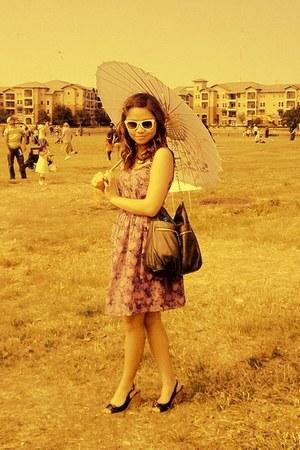 Forever 21 dress - Forever21 bag - Betsey Johnson sunglasses - CLN wedges