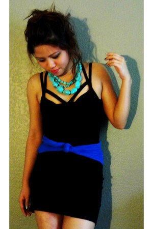 black Forever 21 dress - blue DIY belt - aquamarine DIY necklace