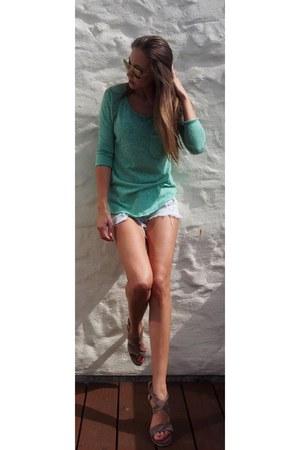 aquamarine cotton stretch small boutique in Mallorca shirt