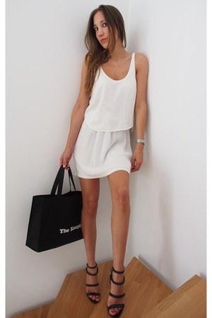jersey Zara dress - leather Zara sandals