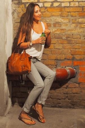light blue jeans Mango jeans - tawny leather lamarthe bag