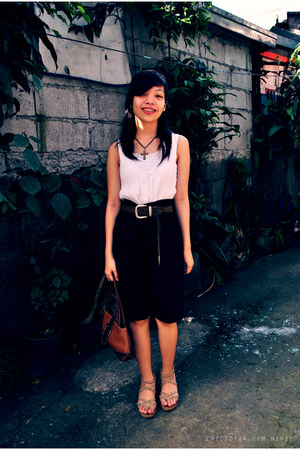 white top - white vest - black shorts - dark brown belt - dark brown Nine West b