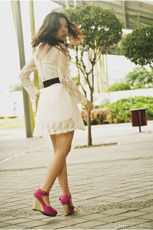 cream lace OASAP dress - dark brown Cole Vintage belt - bubble gum wedges