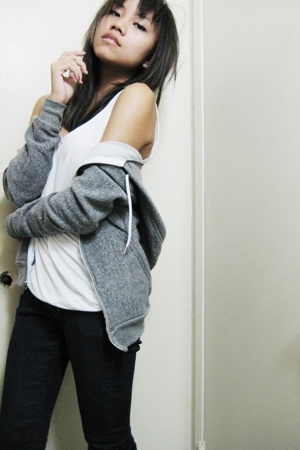 white American Apparel top - American Apparel sweater - blue H&M jeans