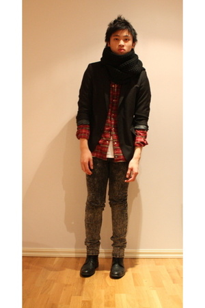 H&M blazer - Dickies shirt - American Apparel t-shirt - H&M pants - H&M scarf