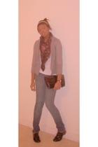 Izaac Mizrahi blazer - Mossimo shirt - Vintage Shop scarf - PacSun jeans - Vinta