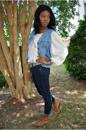 blue Forever21 jeans - salmon striped thrifted belt - light blue blue jean thrif
