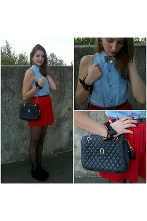 sky blue vintage shirt - black vintage purse vintage purse
