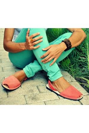 light orange Avarcas Pons sandals