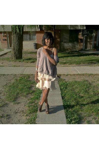 dark brown woven Aldo sandals - light pink layered H&M dress