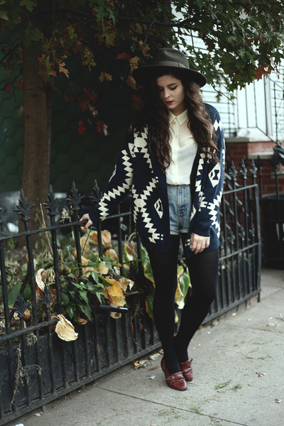 navy aztec luluscom cardigan - brown leather thrifted from Crossroads flats