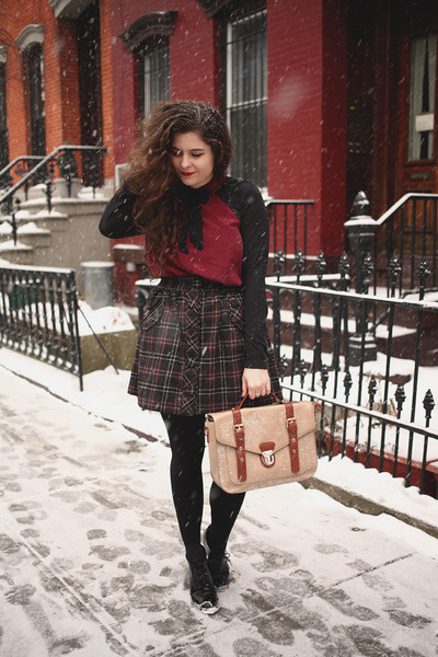 brick red silk bella luxx shirt - camel vegan leather La Moda UK bag