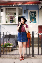 crimson striped Urban Outfitters t-shirt - navy denim Topshop skirt