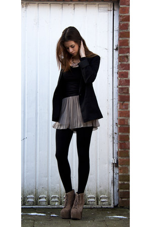 pleated H&M shorts - high heels Jeffrey Campbell boots - black H&M blazer