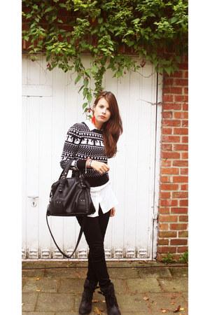 black knitwear H&M jumper - white long shirt H&M shirt