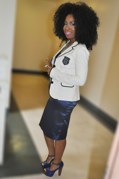 navy shoes - white blazer - navy skirt