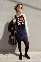 NY shirt - HyM skirt - Zara shoes - Pull and Bear - Wayfarer sunglasses