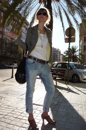 Zara blazer - Pepe Jeans coat - Bershka belt - Bershka jeans - Igualados shoes -