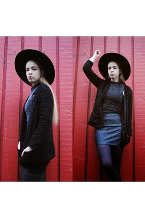 crimson H&M hat - dark gray BikBok top - black faux leather skirt