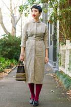 beige Raleigh Vintage dress - brick red burgundy tightsplease stockings