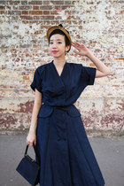 navy vintage dress - bronze 1950s straw hat vintage hat