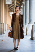 tawny vintage dress - dark brown vintage coat - brown vintage hat