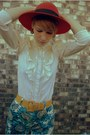 Ruby-red-hat-blue-shorts-yellow-belt-cream-blouse