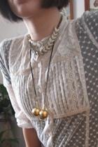 blouse - necklace